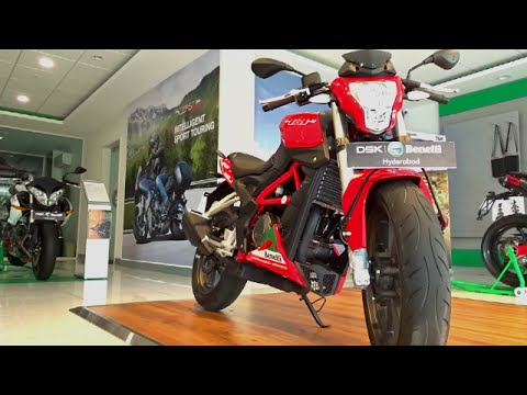 #Bikes@Dinos: Benelli TNT 25 First Ride. Walkaround Review (Red and White colours)