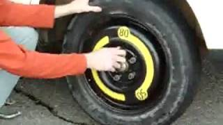 How to change a tire on a Audi A4
