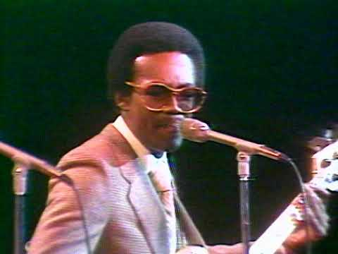 CHIC - Dance, Dance, Dance (Official Music Video)
