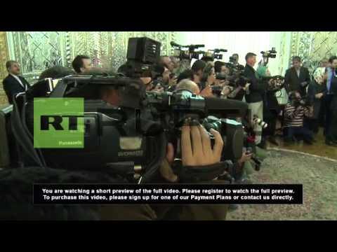 Iran: EU's Ashton meets FM Zarif in Tehran