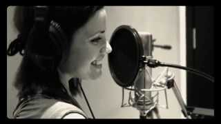 Download Lagu Bob Marley - Turn your lights down low cover by Natalia Doco Gratis STAFABAND