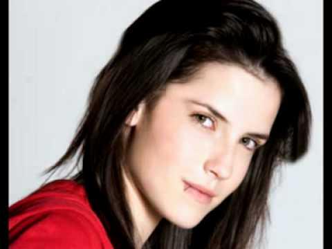 Telenovelas Hoy: Fotos de Laura Carmine, actriz de La Otra