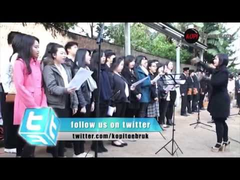 Mudika Choir Iringi Upacara Bendera Kemerdekan RI ke 69 di KJRI Melbourne
