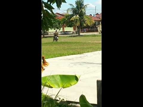 how outsider learn to ride motorbike in Malaysia