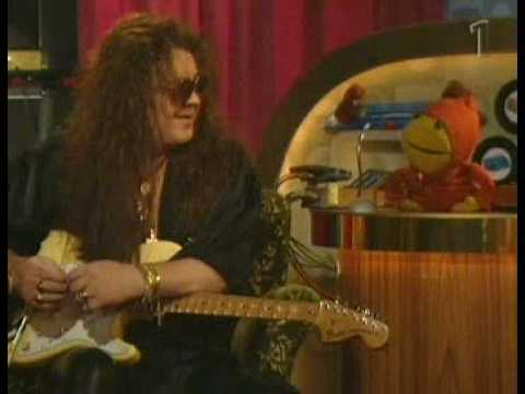 Yngwie Malmsteen on Swedish kids-show (Part 1)