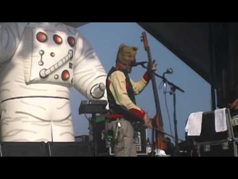 PRIMUS - Sailing the Seas of Cheese - Hangout Music Festival 2011