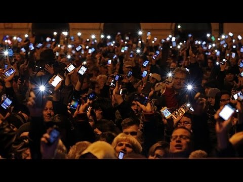 Hungary Internet tax provokes angry protests