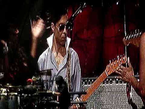 Stevie Wonder + Prince + Sheila E superstition @ Paris Bercy July 1 2010