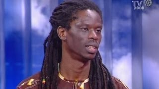 Ismaila Mbaye arrivato dal Senegal molti anni fa, si è integrato grazie alla sua musica