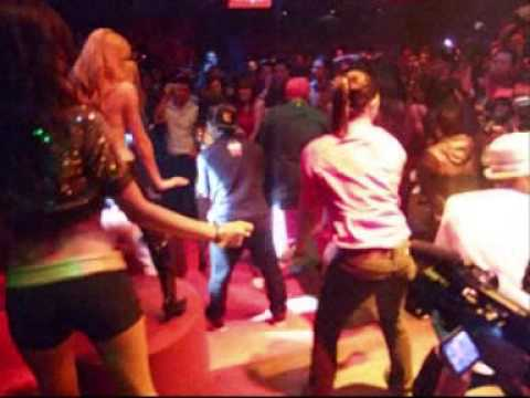 Beyonce Pre-Concert Party @ Zouk - Dance Flash Mob Demo