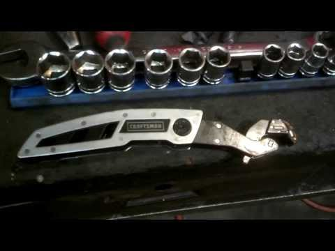 How to Remove a Power Steering Hose the Easy way. Tool Review