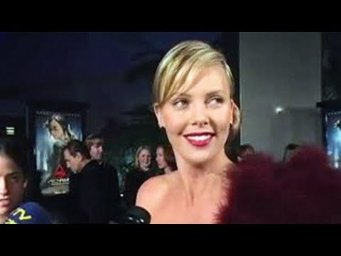 Portable Hollywood: Aeon Flux Los Angeles Premiere Video