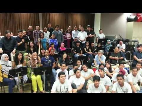 Gema Sahara - Introducing the Orkestra Melayu Singapura (English)