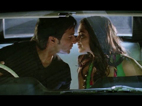 Saif Ali Khan Knows His Prey Very Well - Love Aaj Kal