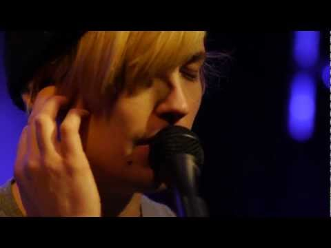 Thumbnail of video DIIV - Full Performance (Live on KEXP)
