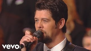 Bill Gloria Gaither Sometimes I Cry Live Ft Jason Crabb
