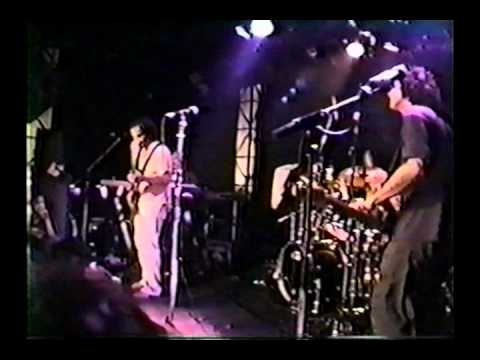 Ween - LMLYP (part 2) 9/6/00 Paris, France @ La Bulle Noir