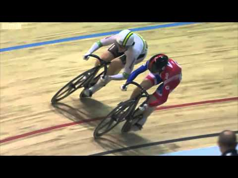 Victoria Pendletons Crash - World Track Championships 2012