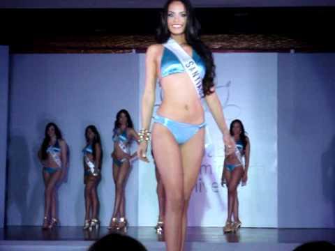 La Señorita Dalia Fernandez, Miss Santiago RD Universe 2011.- Traje de Baño, Preliminar Show.-