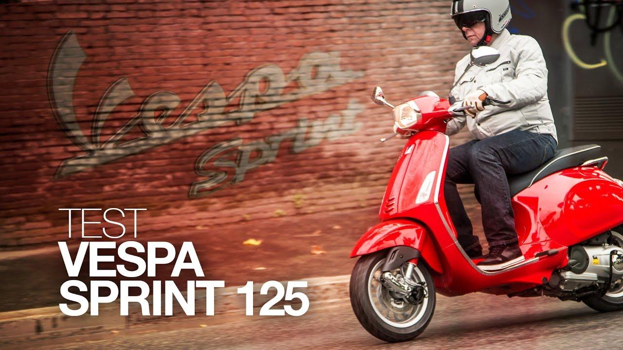 test vespa sprint 125 sprint mieux que sport youtube. Black Bedroom Furniture Sets. Home Design Ideas