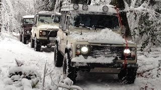Land Rover Defenders Morvan Forest Snow Nov15 part2