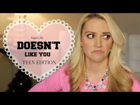 9 Shocking Signs He Doesn't Like You: TEEN EDITION