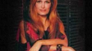 Watch Dalida Vive Le Vent video