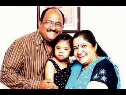 Singer Chitra Family photos
