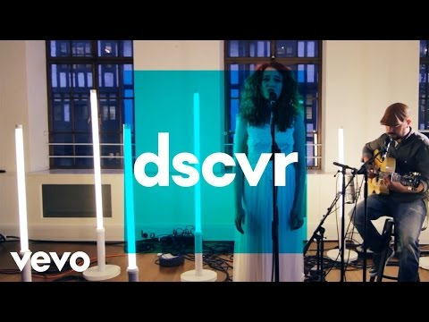 Janet Devlin - Whisky Lullabies - Vevo Dscvr (live) video