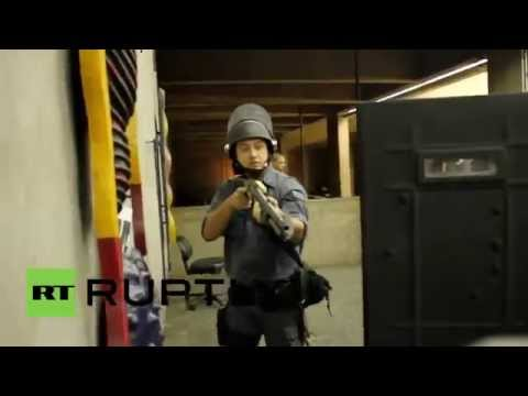 Brazil: Sao Paulo subway strikers clash with police
