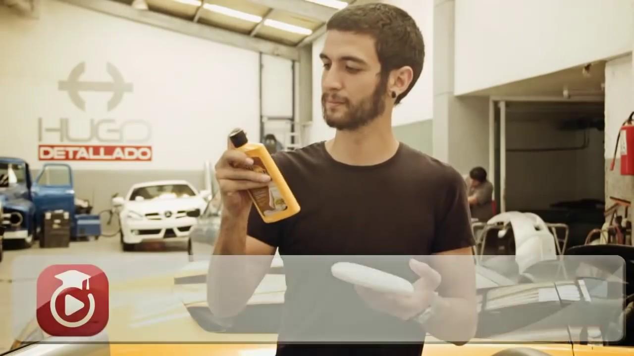 Como limpiar los interiores de piel en un automovil lohago youtube - Limpiar el interior del coche ...