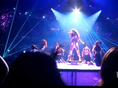 Jennifer Lopez Ft. Pitbull On The Floor Debut Live Performance On American Idol video