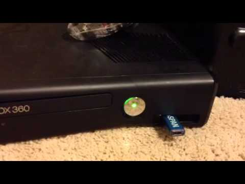 How to get storage for a Xbox 360 using a regular flash drive