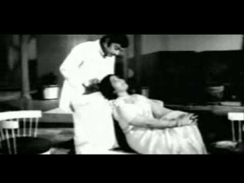 Malligai en Mannan மல்லிகை என் மன்னன்....