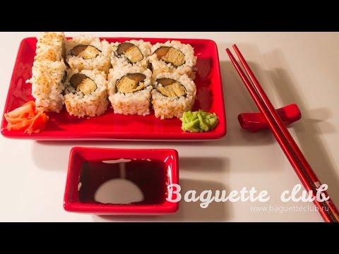 Роллы с лососем и японским омлетом (суши)