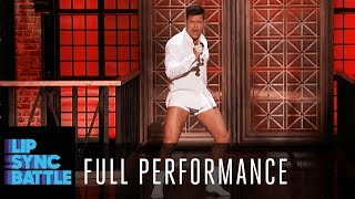 """Ricky Martin Performs """"Old Time Rock and Roll"""" by Bob Seger 