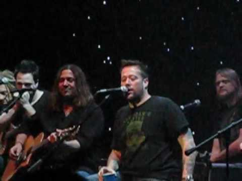 Uncle Kracker - Nobody's Sad On A Saturday Night - Live At Mystic Lake Showroom_02/20/2013