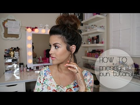 HOW TO: Messy Bun Hair Tutorial