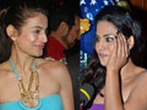 Ameesha HATES Veena Mallik !