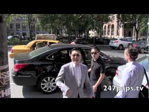 (Exclusive) PSY doing a photo shoot in the Park in New York City