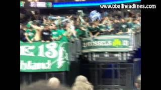 Panathinaikos players greet fans in Berlin