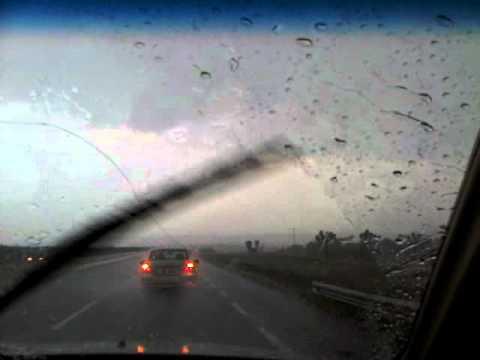 Tornado En La Carretera Monterrey - Nuevo Laredo Marzo 2012