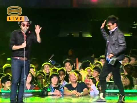 Johan & Zizan Shout Award 2010 (Clear Version)