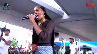 Tiwa Savage Premieres Her new single 49:99 In Obalende Bus Park, Lagos.