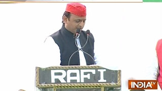 Election Rallies: Narendra Modi, Akhilesh Yadav Campaign for their Party in UP