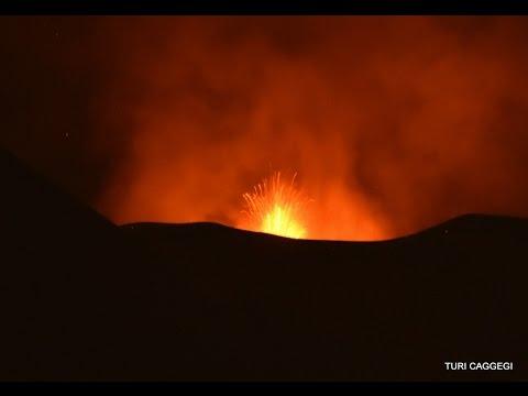 Mount Etna Volcano Eruption Eruzione 2 dicembre 2015