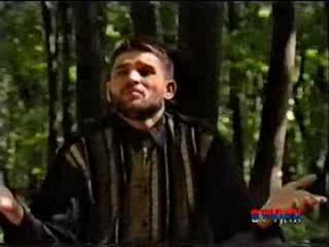 Mirko Paj�in, poznatiji pod nadimkom Baja Mali Knindža (ro�en 13. oktobra 1966. u selu Gubin, opština Bosansko Grahovo) je srpski folk peva�. Za samo deset g...