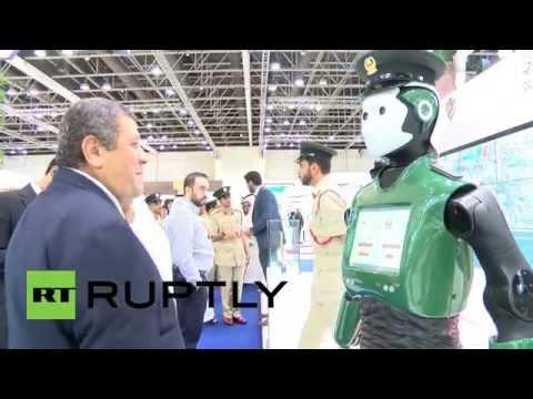 【画像】人々の安全を守る「ロボコップ」が本当に中国で開発されるwwwww