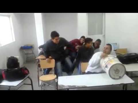 Bromas en el colegio