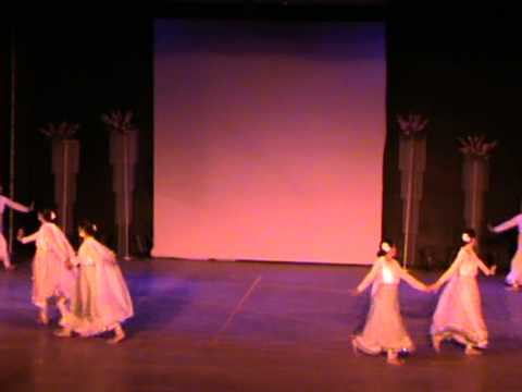 Tges Dance Teacher's Performance-aas Pas Hai Khuda.mpg video